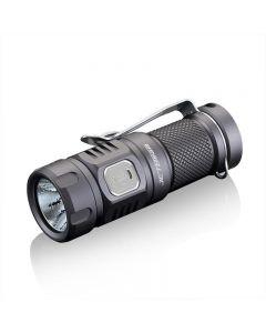 JETBeam E20R SST40 990 LUMENS LED zaklamp