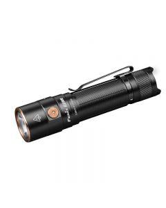 Fenix E28R Luminus SST40 cool witte LED 1500 lumen 200 meter USB Type-C oplaadbare zaklamp