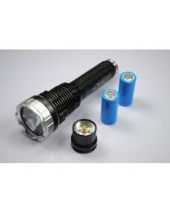 TrustFire TR-J10 Liminus SST-90 5-Mode LED zaklamp met batterijen, lader en doos van de gift